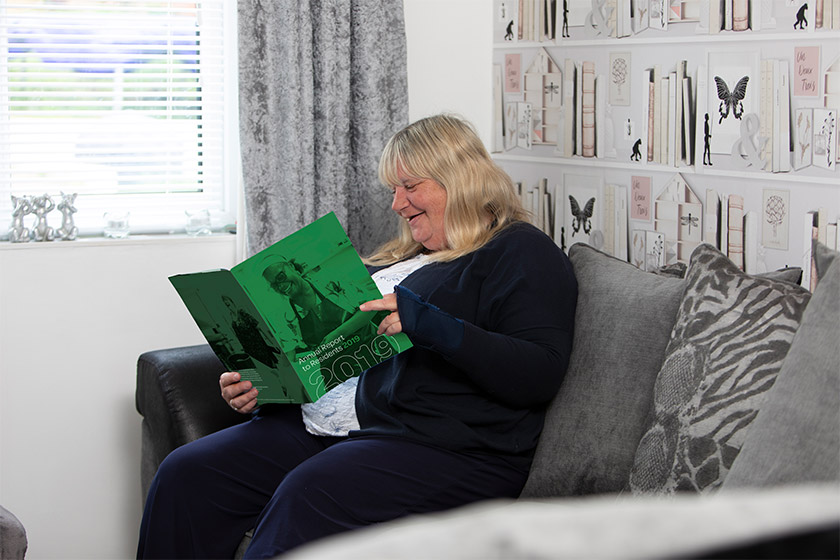 Sanctuary Supported resident reading ART
