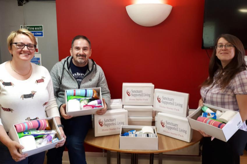 A picture of Support workers' boxing clever plan to help new arrivals