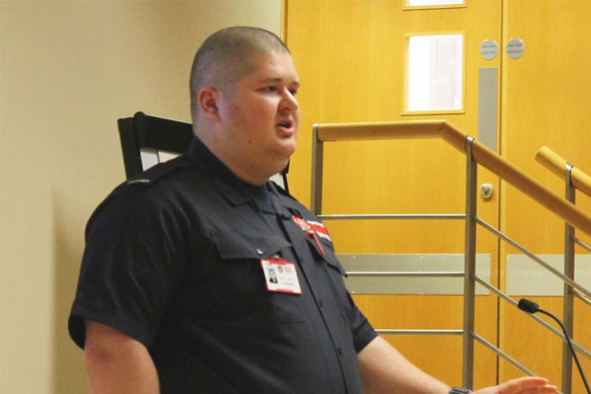 A picture of Mental health resident shares his story with support organisation