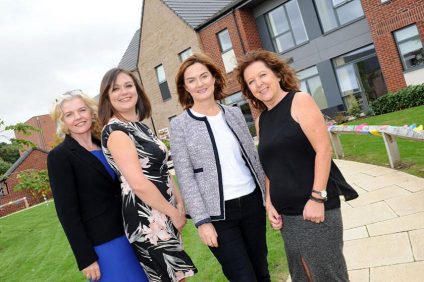 A picture of Telford MP visits green fingered residents