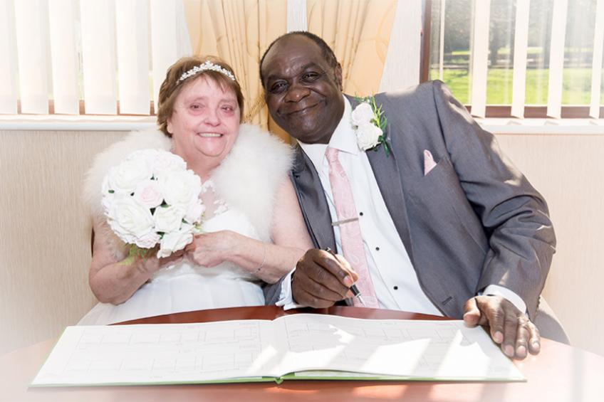 A picture of Burton learning disabilities couple tie the knot