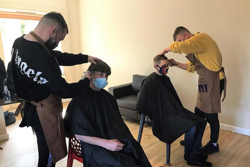 A picture of Barber visit for homeless young people